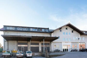 Top-Halle mit Laderampe, 5101 Bergheim, Halle